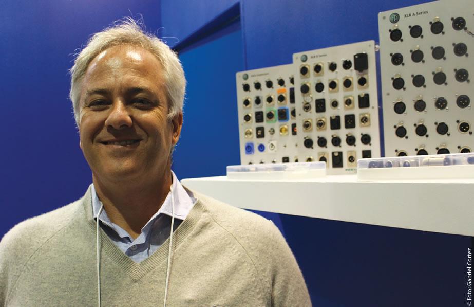 """O SET EXPO é """"crucial para fazermos um trabalho institucional com os clientes, além de fazer novos contatos. A gente vem todos os anos desde 1996"""", afirmou Carlos Hechmann à Revista da SET"""
