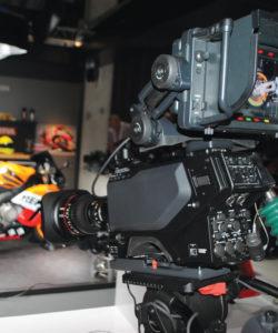 Sony apresentou a nova câmera HDC-4800, uma câmera UHD/HD com High-Frame-Rate, sensor S35mm CMOS, SloMo framerates com Wide Color Gammut (ITU-R BT2020) e suporte HDR (Hgh Dynamic Range)