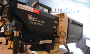 NAB 2019 – FOR-A apresentou a sua nova FT-One-SS4K com lente B4 de 2/3 que grava em 4K até 1000 FPS, e até 2000 fps em HD. Trabalha com saída 12G-SDI e suporta HDR/SDR e WCG