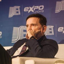 Roberto Cabrini – Apresentador e Editor Chefe do Conexão Repórter – SBT